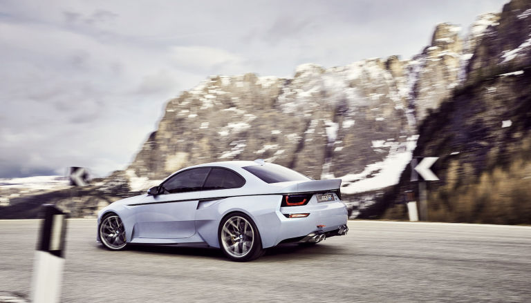 gallery-1463765295-p90219722-highres-bmw-2002-hommage-05