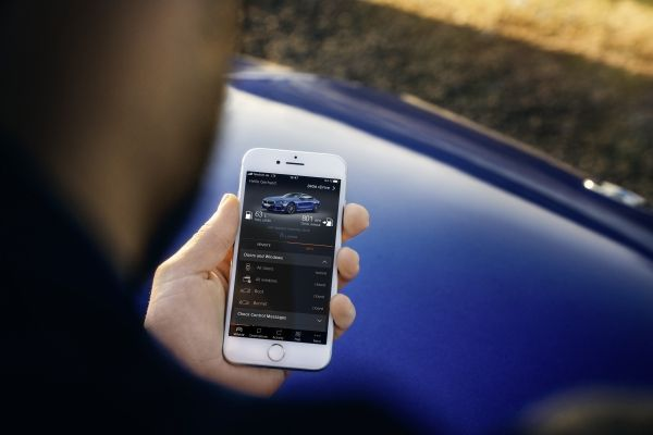 Using the BMW Connected app. passengers with your authorization can use the entertainment and navigation systems.